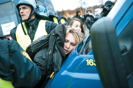 Une militante a été arrêtée hier à Copenhague en compagnie d'environ 250 autres manifestants. La veille, la police avait procédé à 1000 interpellations lors d'une manifestation beaucoup plus importante.