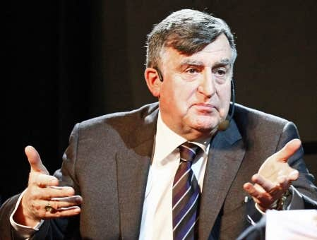 a biography of lucien bouchard a former minister of the canadian federal government Lucien bouchard, pc goq (french pronunciation: [lysjɛ̃ buʃaʁ] born december 22, 1938) is a french canadian lawyer, diplomat, politician and former minister of the environment of the canadian federal government.
