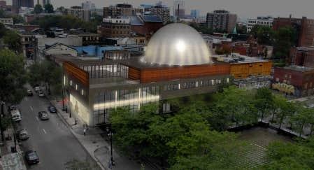 Maquette du projet d'agrandissement de l'édifice de la Société des arts technologiques (SAT), boulevard Saint-Laurent, au cœur du Quartier des spectacles de Montréal.