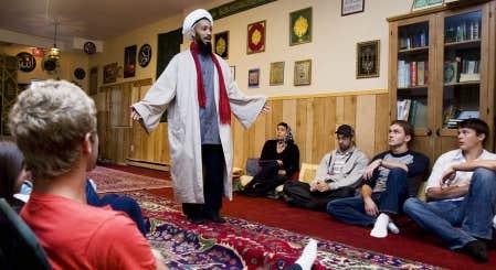Photo annik mh de carufel le devoir l'imam omar koné a reçu des