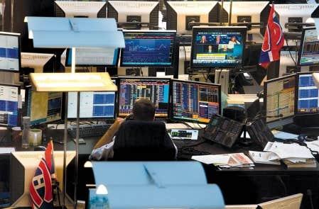 Le projet de fusion entre les groupes TMX et LSE devrait augmenter l&rsquo;interinscription des titres et le volume de transactions dans cette nouvelle union de places boursi&egrave;res, offrant ainsi aux investisseurs un march&eacute; plus large, plus profond et plus r&eacute;silient qu&rsquo;auparavant.<br />