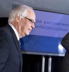 Le ministre de la S&eacute;curit&eacute; publique, Robert Dutil, lors de la conf&eacute;rence de presse annon&ccedil;ant la cr&eacute;ation de l&rsquo;UPAC.<br />