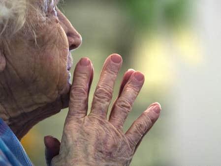 Michel Blogue/«Quand quelqu'un veut vivre, pourquoi dire 'c'est le temps de mourir?»/ Image
