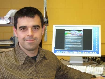 Michel C&ocirc;t&eacute;, professeur au D&eacute;partement de physique de l&rsquo;Universit&eacute; de Montr&eacute;al<br />