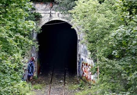 Tunnels in quebec for Galerie du meuble quebec