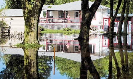 Mont r gie qu bec autorise la reconstruction en zone for Assurer une maison en zone inondable