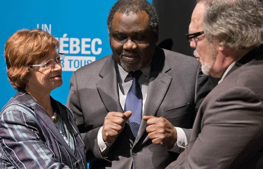Les ministres de l'Éducation, Marie Malavoy, et de la Culture et des Communications, Maka Kotto, ont annoncé mardi la conclusion de deux ententes touchant les droits des artistes.