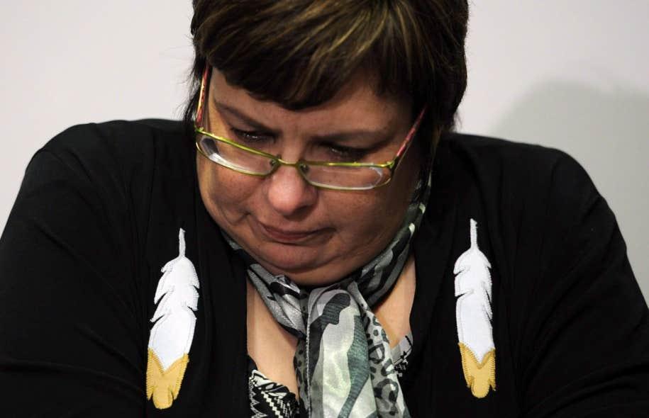 La chef Theresa Spence a promis de « mourir » à moins de parvenir à persuader le gouvernement Harper de bâtir de meilleures relations avec les Autochtones, d'entendre leurs préoccupations et de respecter les traités signés avec les Premiers Peuples.