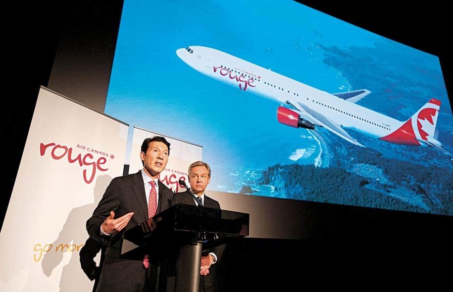 <div> Ben Smith et Michael Friisdahl ont r&eacute;v&eacute;l&eacute; les d&eacute;tails du nouveau transporteur &agrave; faible co&ucirc;t: Air Canada rouge</div>