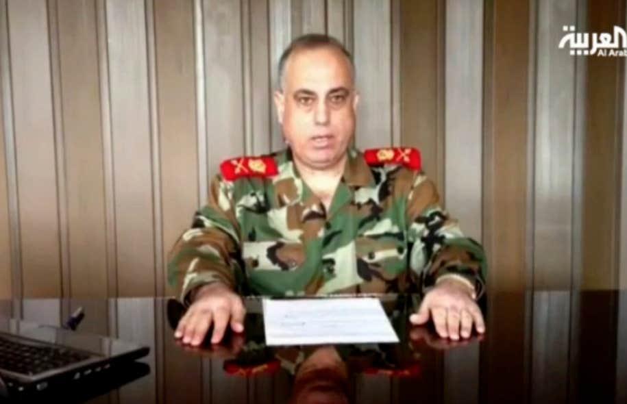 Dans une vidéo diffusée tard mardi soir sur la chaîne Al Arabiya TV, le major-général Abdelaziz Jassim al Chalal affirme que le ministre de l'Intérieur syrien rejoint «la révolution du peuple».
