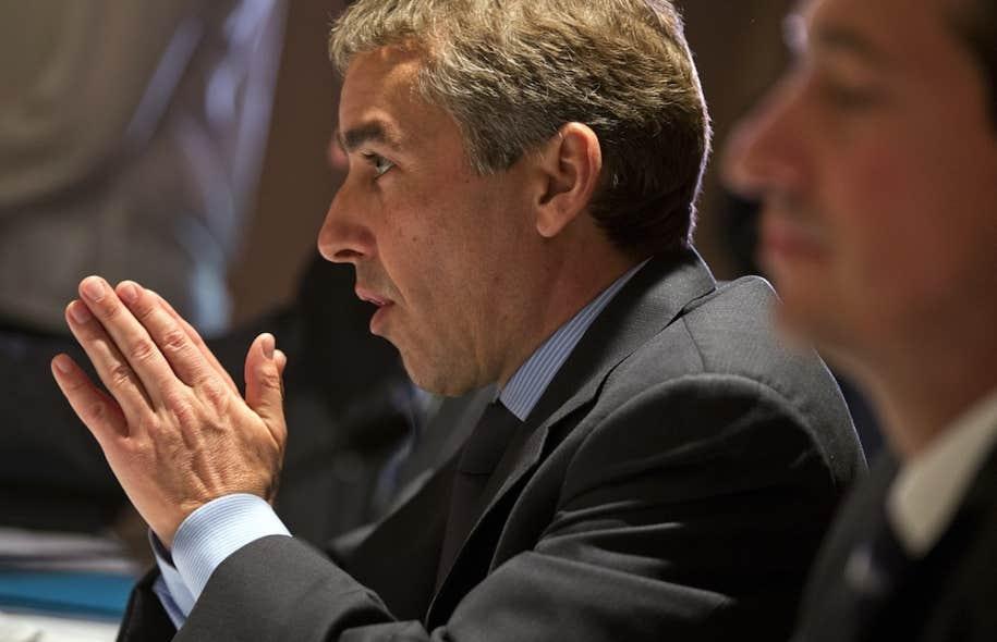 Nicolas Marceau a déploré qu'Ottawa force Québec à verser 70 millions en formation pour avoir accès aux sommes qu'Ottawa lui retire.
