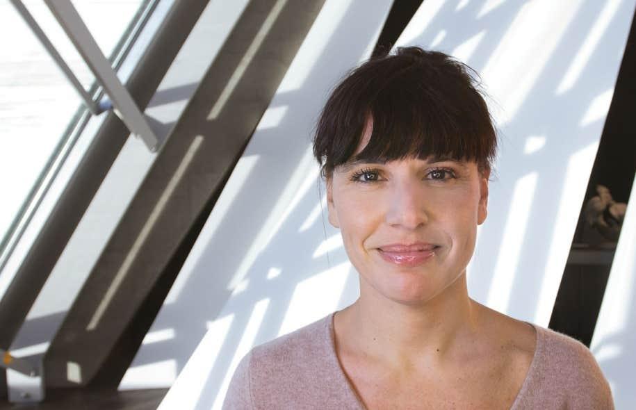 La directrice du MBAM, Nathalie Bondil, qui est pressentie pour diriger le Musée du Louvre en France, a l'intention de rester à la tête du musée montréalais.