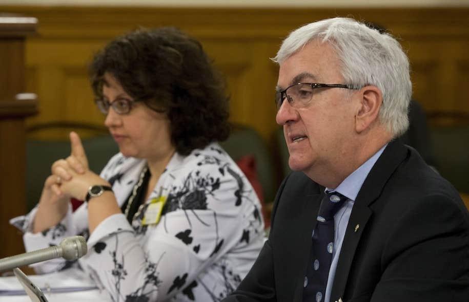 Louis Masson, du Barreau du Québec, avec Pearl Eliadis, membre du Comité en droit de la personne du Barreau.