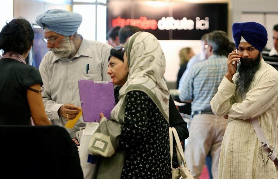 Il ressort de cette &eacute;tude que, parmi les immigrants vivant au Qu&eacute;bec, 160 000 ont d&eacute;clar&eacute; ne parler que l&#39;anglais, et 43 000 ne ma&icirc;trisent aucune des deux langues officielles du Canada.<br />