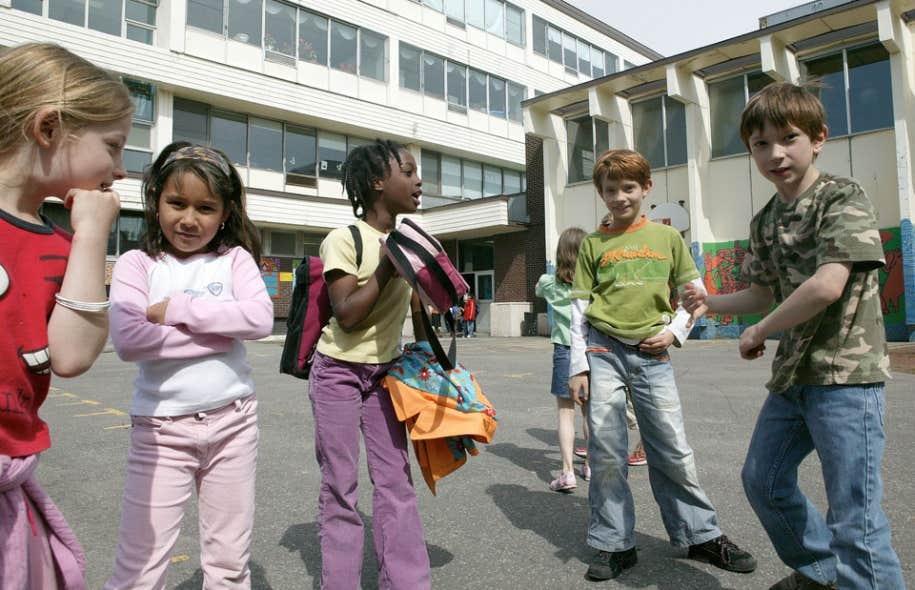 Aujourd'hui, la fréquentation scolaire semble aller de soi. Il en était autrement il n'y a pas si longtemps.