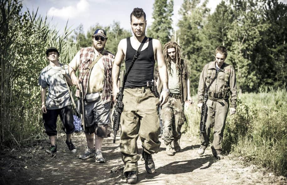 Récit postapocalyptique inspiré du roman de Hubert Mingarelli, Les 4 soldats marque le retour attendu du cinéaste Robert Morin.