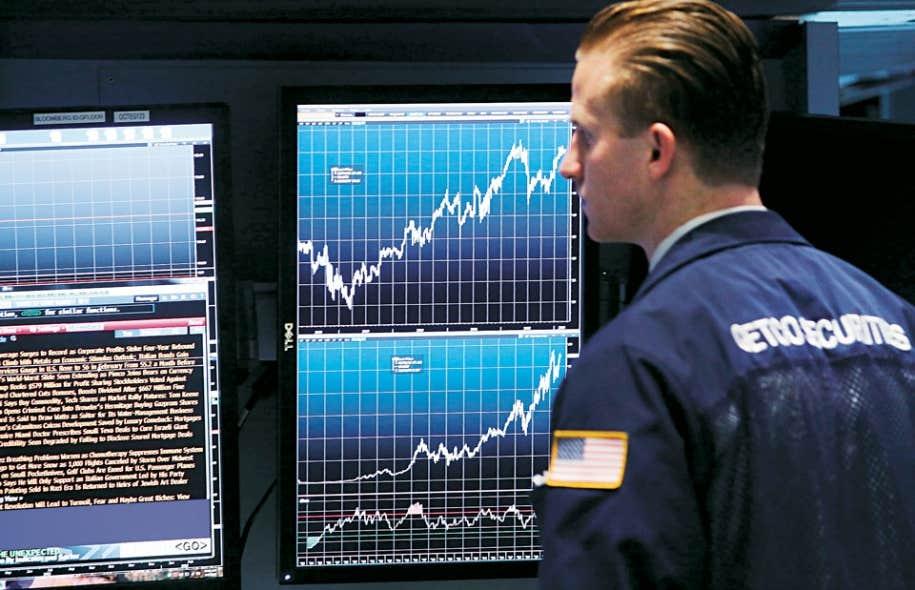 Les dirigeants de BlackBerry favoriseraient une sortie de la Bourse.