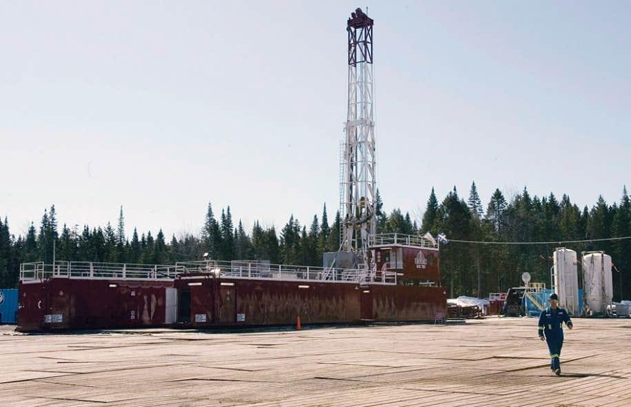 Un puits d'exploration de la compagnie Talisman, à Saint-Édouard-de-Lotbinière, en mars 2009.