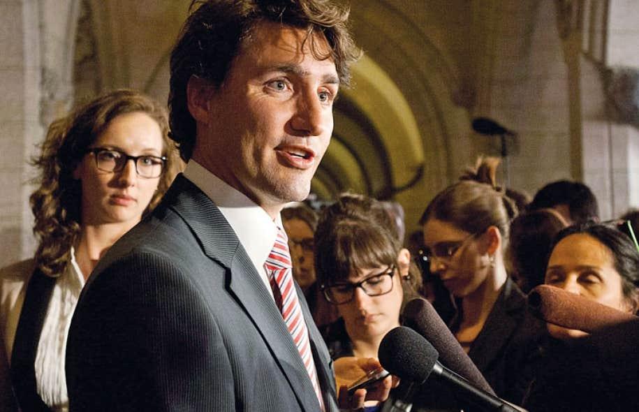 La personnalité de Justin Trudeau aide aussi à remplir les coffres des libéraux. Le parti mise sans retenue sur le charisme du chef de 42 ans pour inciter les militants à faire un chèque au PLC.