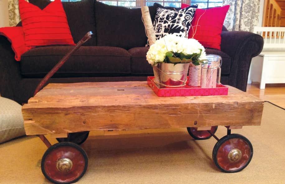 Peindre un vieux meuble un sacril ge le devoir for Peindre un sol en bois