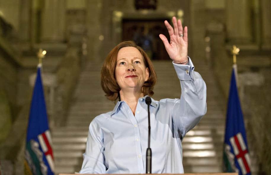 Alison Redford a fait son annonce mercredi en fin de journée devant des partisans réunis dans la rotonde de l'Assemblée législative, à Edmonton.