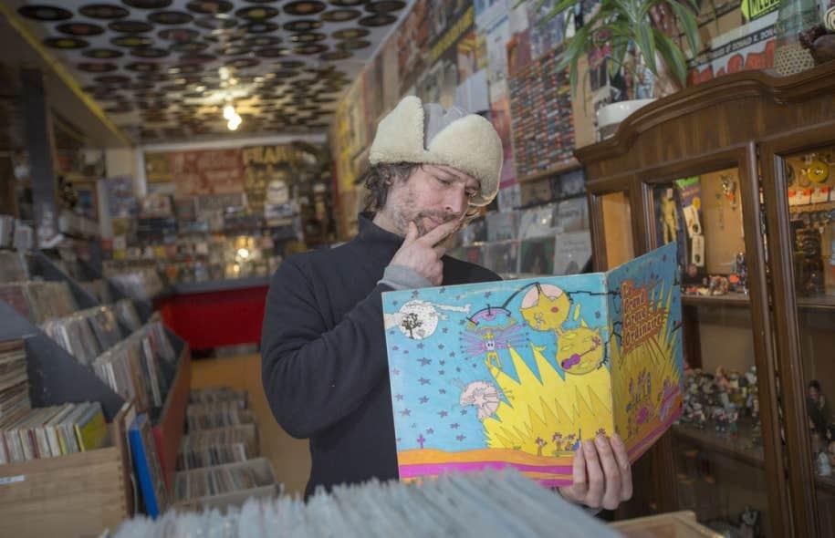 Shawn Ellingham, copropriétaire du Soundcentral à Montréal, aimerait que les participants du Record Store Day profitent de leur passage en magasin pour découvrir de nouveaux groupes, plutôt que de simplement se ruer sur les éditions spéciales pour collectionneurs.