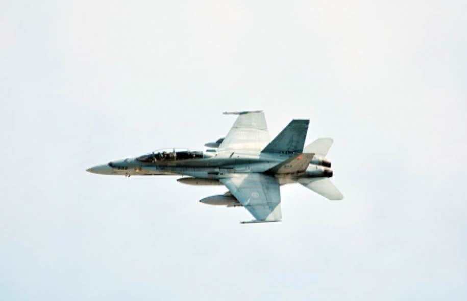 Le Canada enverra six CF-18 à l'OTAN en Europe