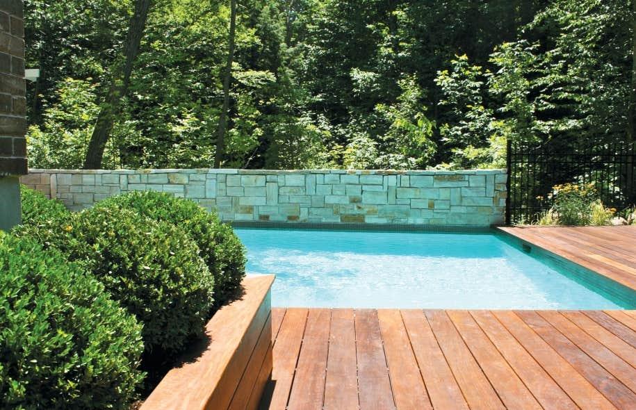 Am nagement piscine creus e kr48 jornalagora - Amenagement exterieur piscine creusee ...