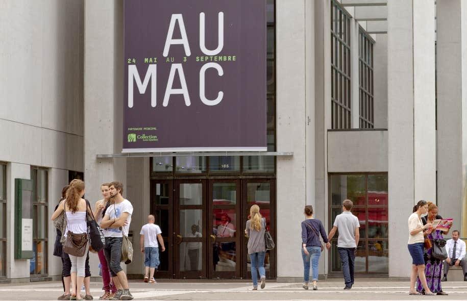 Les projets d'immobilisation des musées sont maintenus. Le Musée d'art contemporain de Montréal aura ses 18,9 millions prévus pour remanier et agrandir ses espaces.