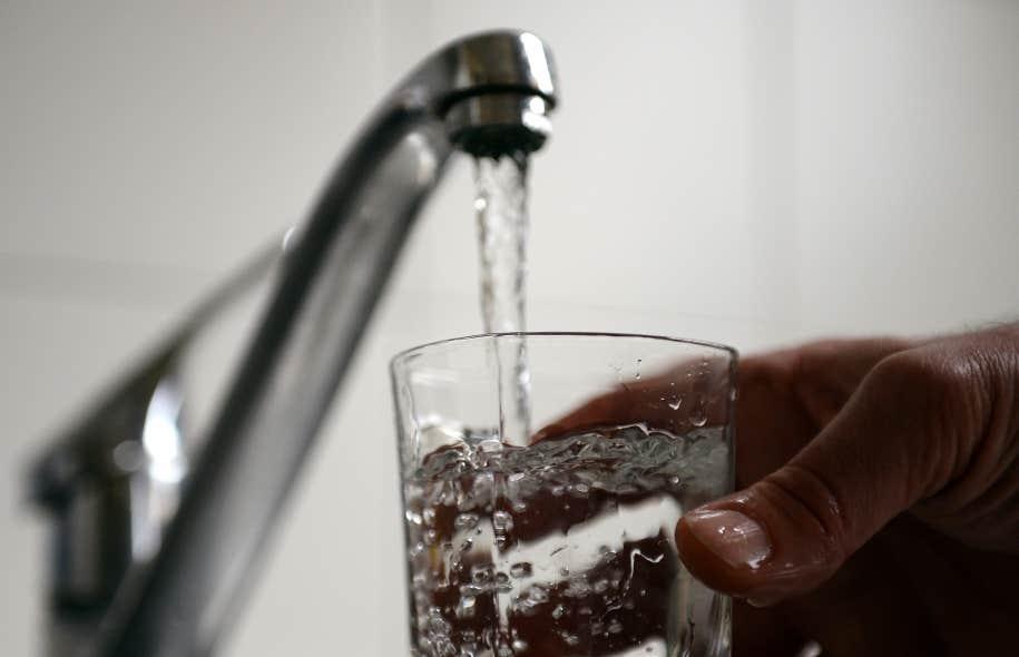 Ristigouche Sud-Est est sous le coup d'une poursuite intentée par l'entreprise Gastem, en raison de l'adoption d'un règlement sur la protection de l'eau potable, qui a bloqué les projets d'exploration de la pétrolière.