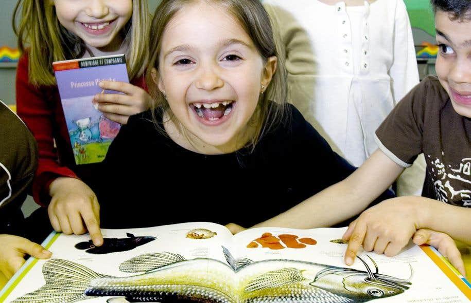 Si on veut amener les jeunes à lire, il faut des professionnels pour les animer et les gérer.