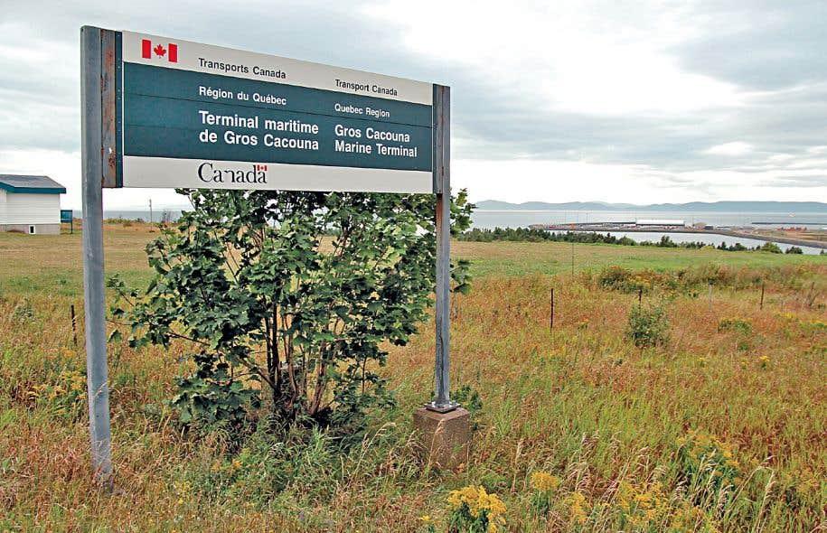Le projet Énergie Est exige la construction d'un tuyau d'environ 700 kilomètres au Québec et inclut un projet de port pétrolier à Cacouna.