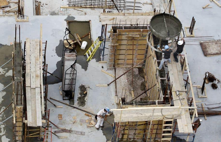 Les restrictions au programme Accès-Logis pourraient avoir comme effet de retarder différents projets de coopératives d'habitation ou d'en compliquer la réalisation.