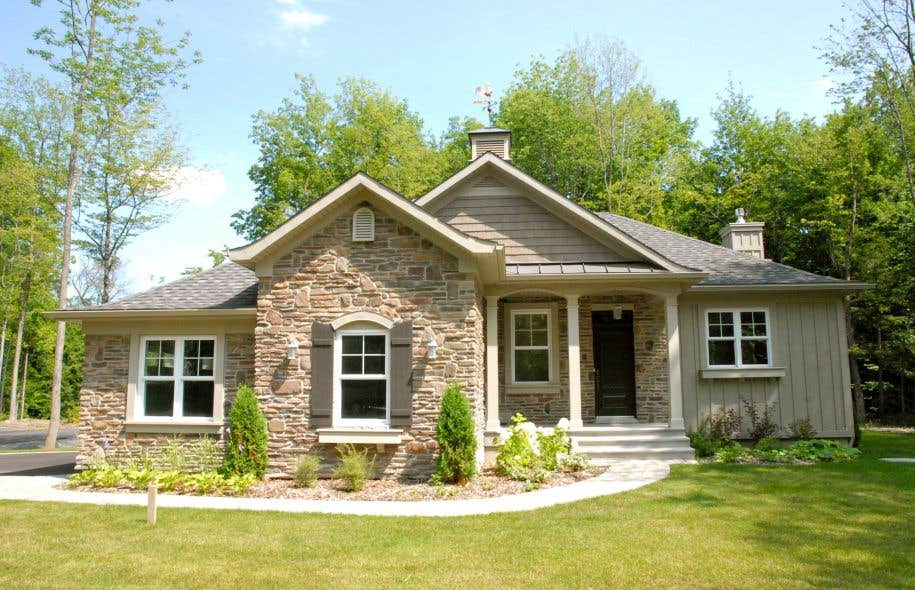 Plus que quelques habitations disponibles le devoir - Style maison americaine ...