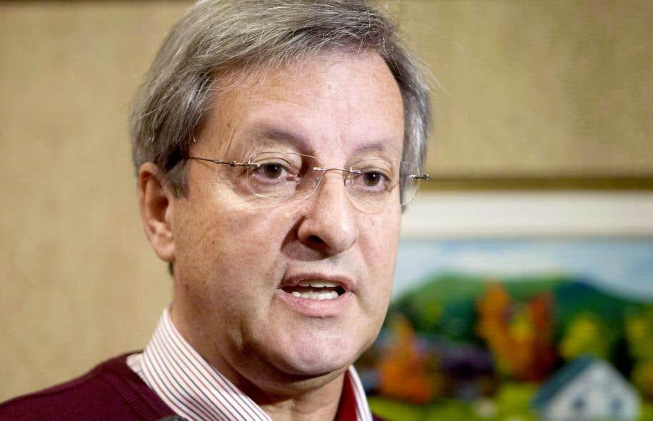 Le maire de Saguenay, Jean Tremblay, réclame une intervention des gouvernements.