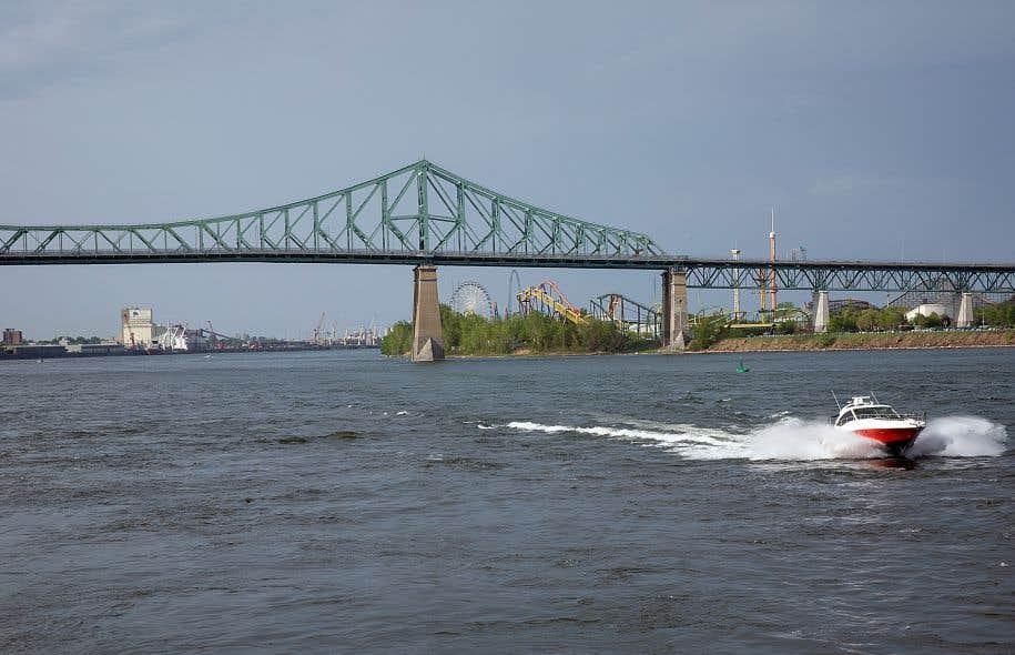 Si un déversement survenait dans la rivière des Outaouais, la qualité de l'eau du Saint-Laurent et des rivières des Outaouais, des Mille Îles et des Prairies s'en trouverait altérée.