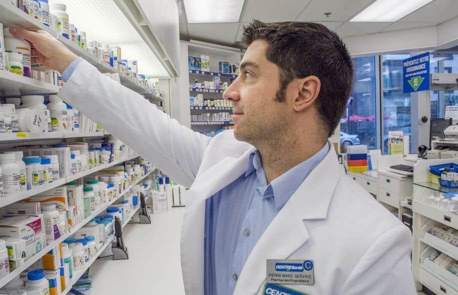 Les employés d'une centaine de pharmacies dénoncent les effets de la loi 28.