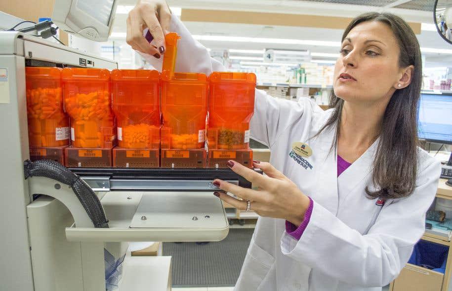 Le régime hybride actuel d'assurance médicaments public-privé ne permet pas de mettre en place des mesures optimales de contrôle des coûts.