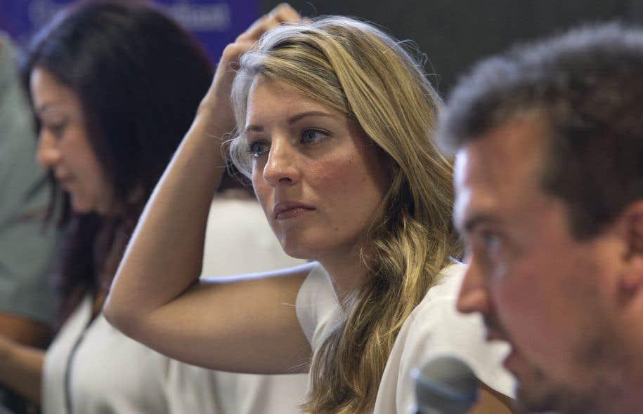 Dans ce quartier multiethnique s'affrontent la candidate vedette libérale Mélanie Joly et la députée néodémocrate Maria Mourani.