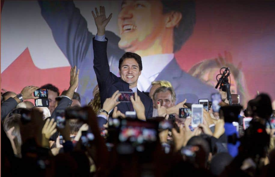 Le nouveau premier ministre a tendu la main aux électeurs qui n'ont pas voté pour lui, en promettant d'être «le premier ministre de tous les Canadiens».