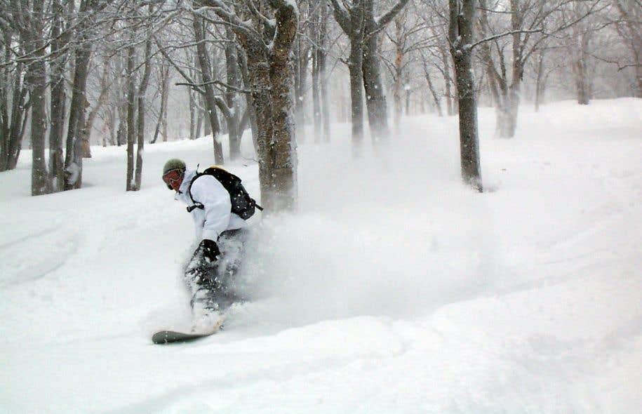 Il n'y a pas que cette avalanche de flocons qui titille les skieurs au Mont-Comi: la montagne y est aussi pour beaucoup.