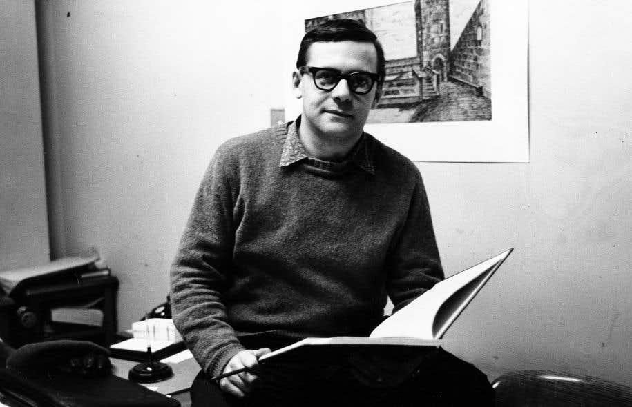 Mercure entra à Radio-Canada en 1952. Il y réalisa des dizaines d'émissions, dont «L'heure du concert», composant aussi des musiques pour des pièces radiophoniques.