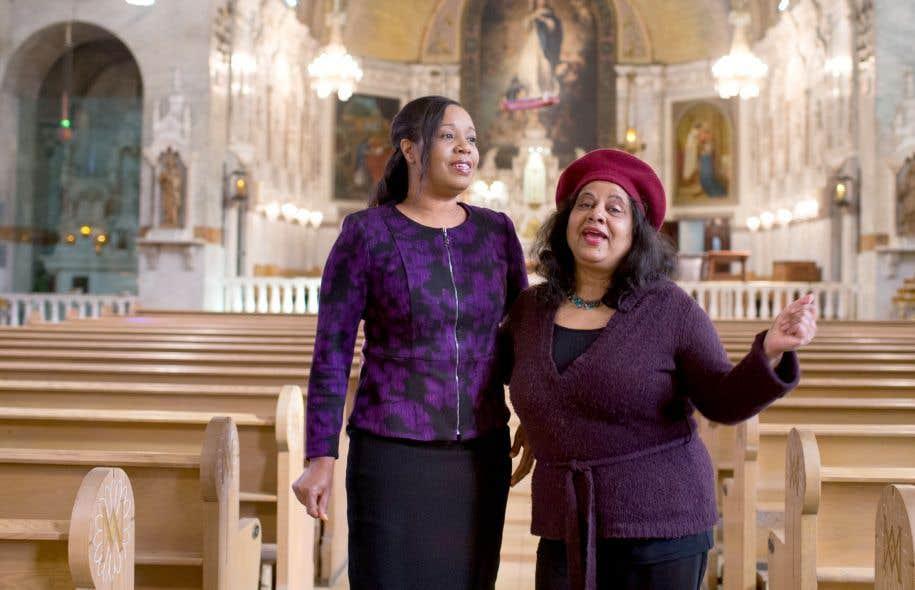 Marcia Bailey et Vivienne Deane dirigent des ensembles gospel.