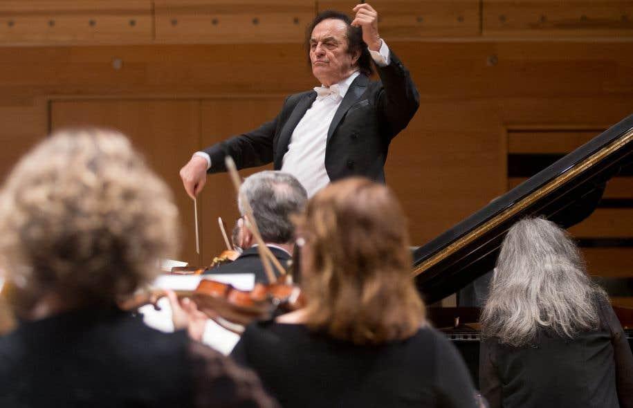 Exceptionnellement, l'OSM était dirigé à nouveau jeudi par le maestro Charles Dutoit et accompagné de la pianiste Martha Argerich.