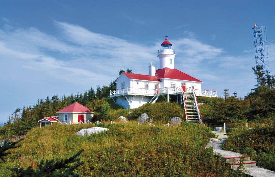 Le phare des îles du Pot-à-l'eau-de-vie