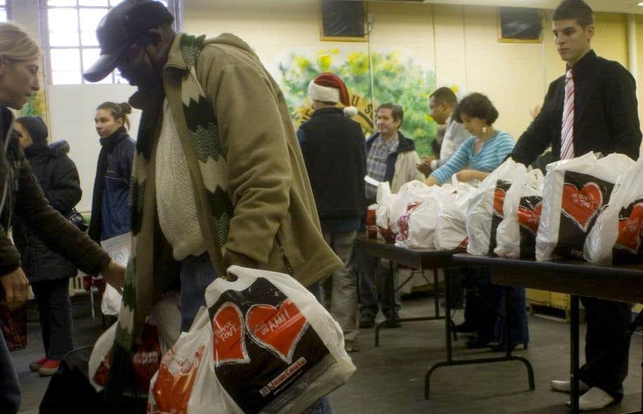 Le secteur communautaire dans lequel la «nouvelle philanthropie» fait son entrée est grandement affecté par des coupes de financement.