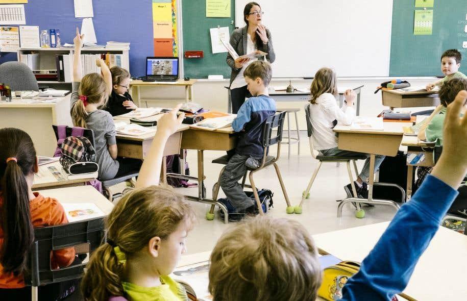 Environ 20% des élèves qui fréquentent le réseau public sont handicapés ou en difficulté d'adaptation ou d'apprentissage, alors que la proportion serait inférieure à 3% dans les écoles privées.