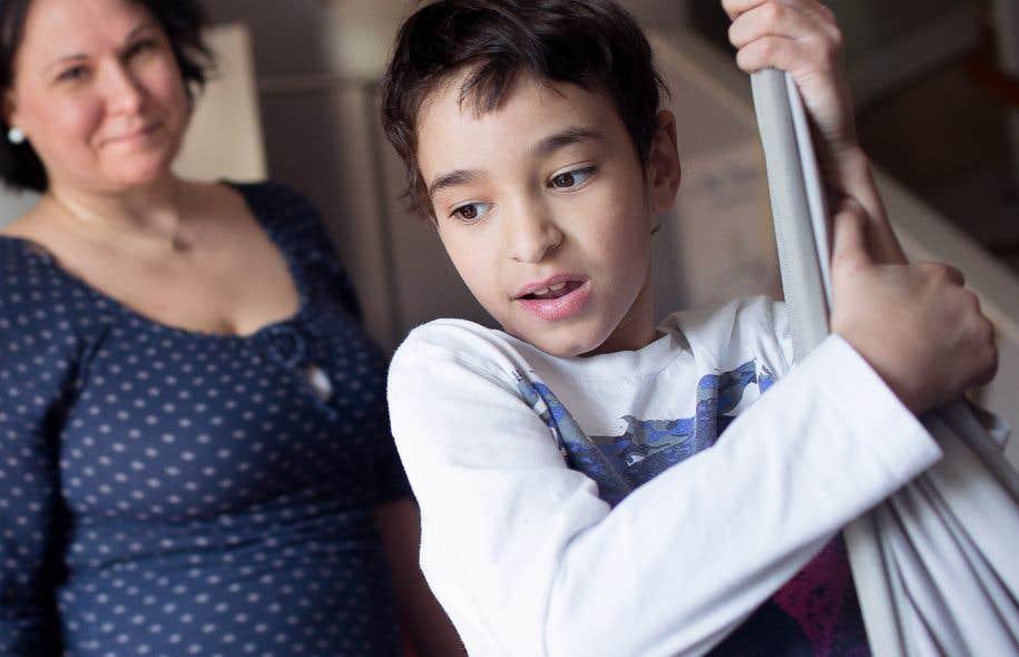 Des enfants vulnérables de nouveau déracinés | Le Devoir