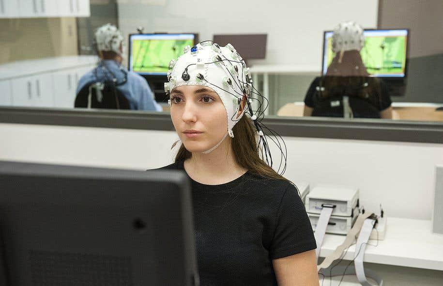 L'équipe du NeuroLab vise à observer plusieurs fois par seconde le comportement de personnes en intéraction d'apprentissage.