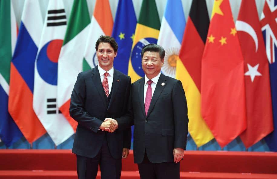 Depuis son entrée en fonction, l'opération charme menée par Justin Trudeau aux quatre coins de la planète lui a valu les faveurs des médias étrangers.